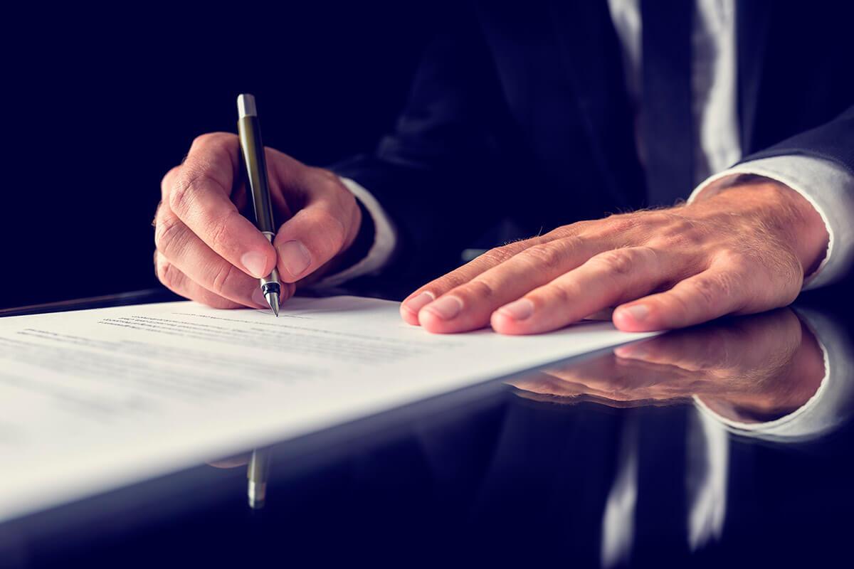 Servicios legales-corporativos